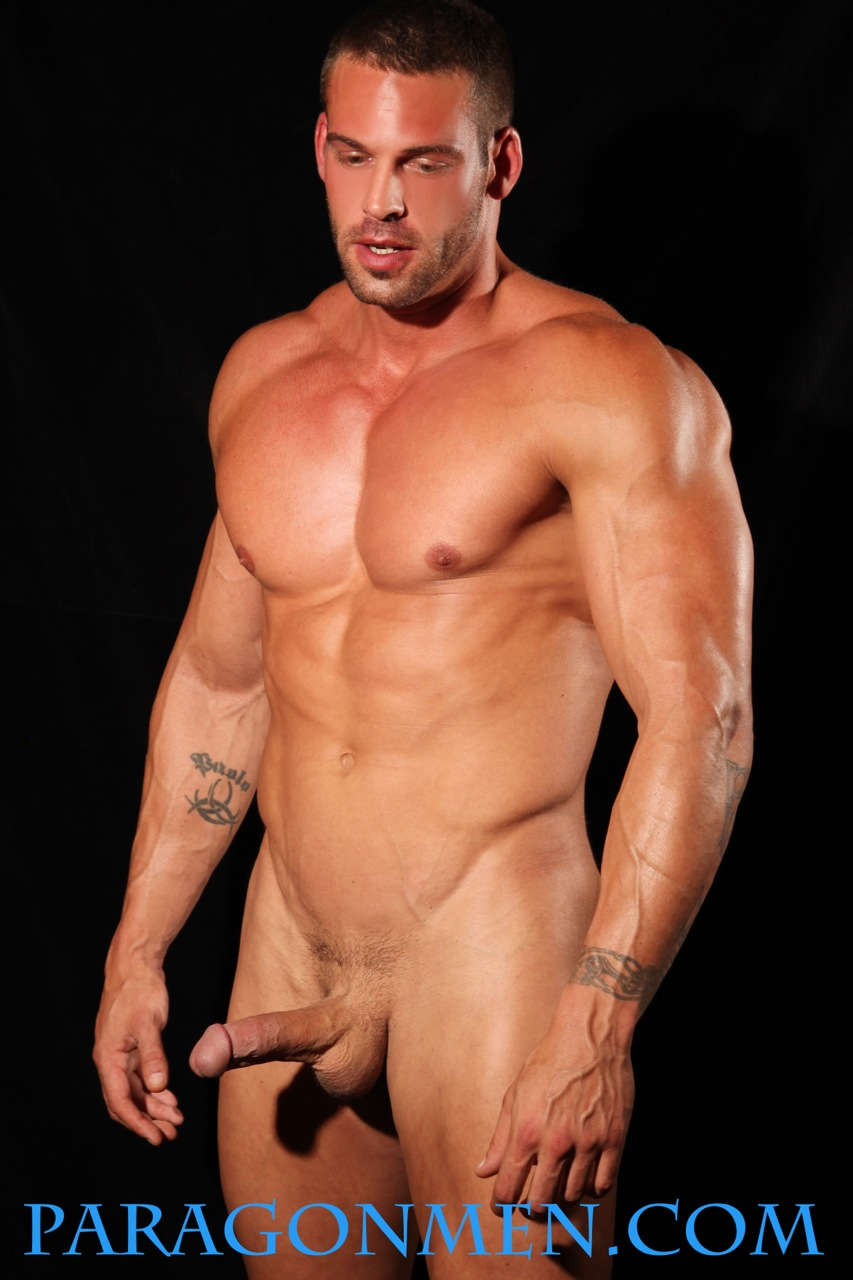 Hot gay muscle man